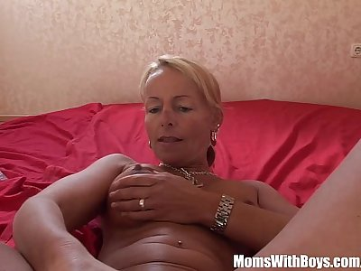 Blonde Mature Hottie Plays With Dildo And Toys